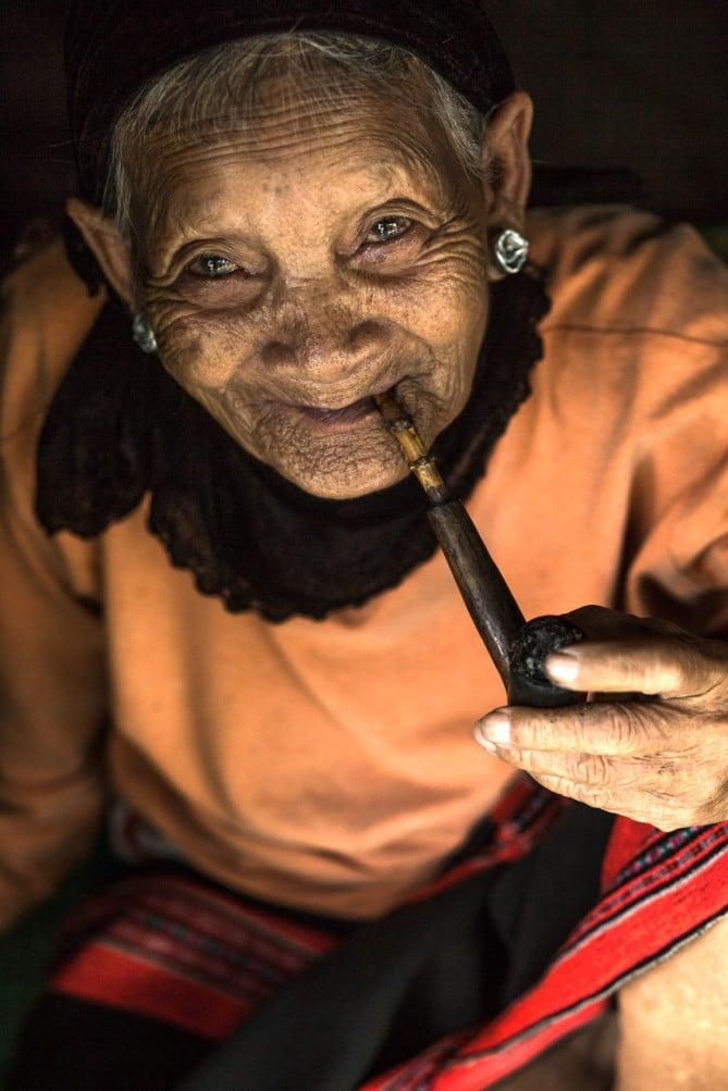 vieille-femme-vietnam